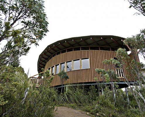 Hartz Mountain Visitor's Hut - rounded building design