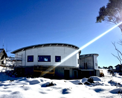 Providing a safe, warm and dry day shelter for the Ski Association and visitors on Mt Mawson_in construction