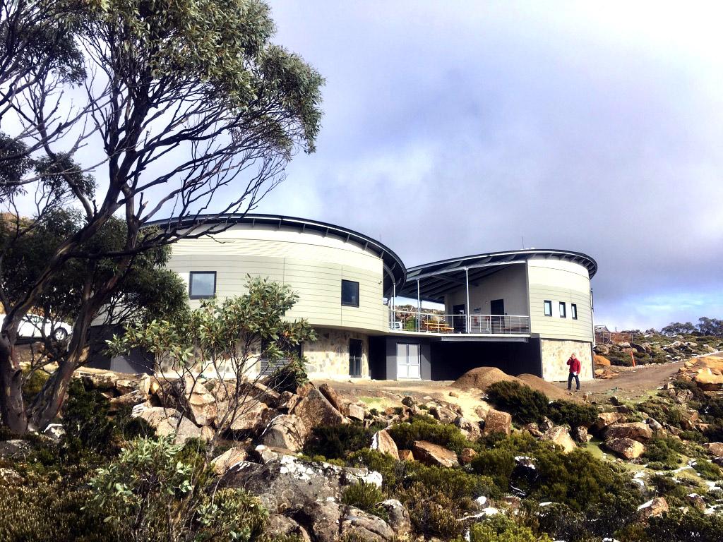 Mt Mawson Day shelter external view